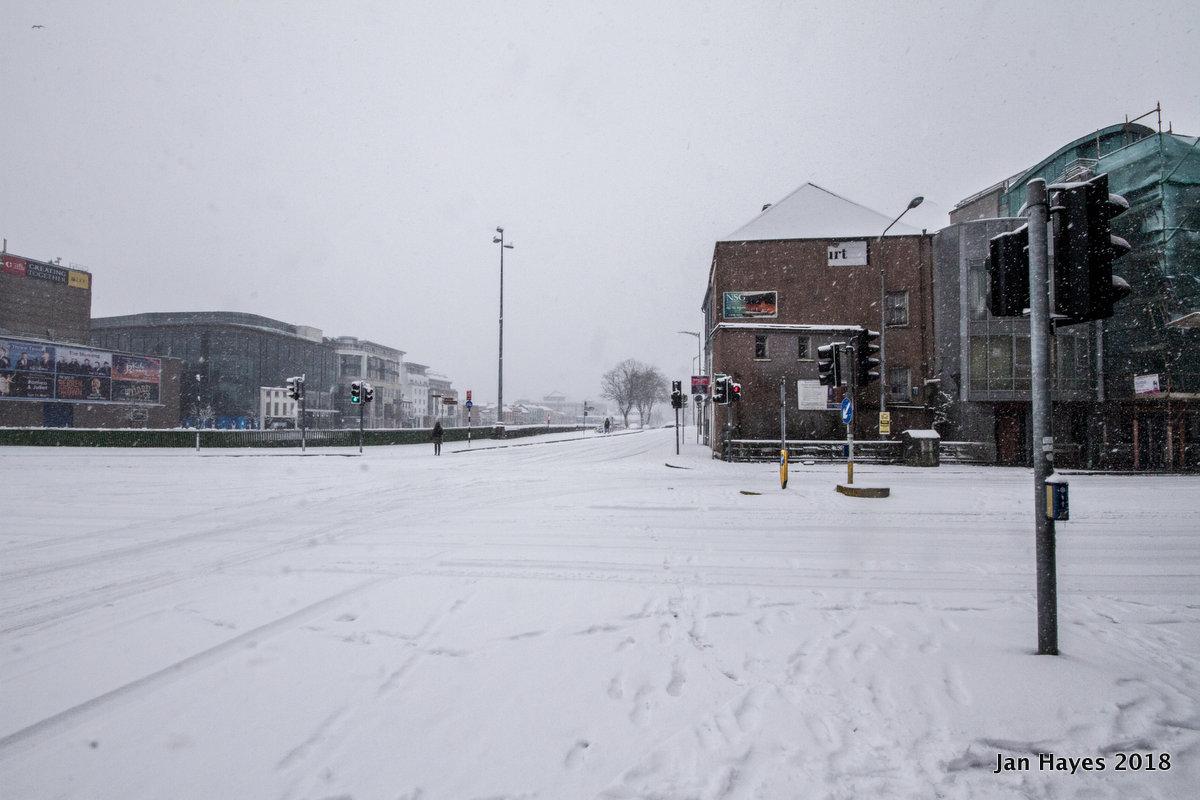 Crossroad at the Camdem Quay